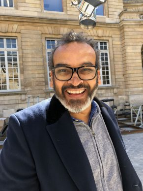 Subodh Gupta: the most famous Indian artist is exhibiting in Paris. Secrets from his studio in Delhi.