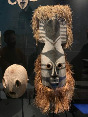 Africa Museum in Brussels: How to stage  mediocre exhibitions with one of the world's most beautiful collections