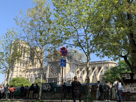 Notre Dame and the tourists on 19 April 2019