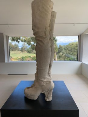 Fondation Carmignac: Maurizio Cattelan meets Sarah Lucas on a little paradise island