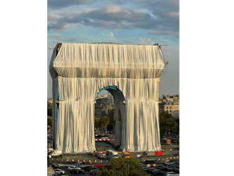 L'Arc de Triomphe Wrapped: Christo is brought back to life for fifteen days